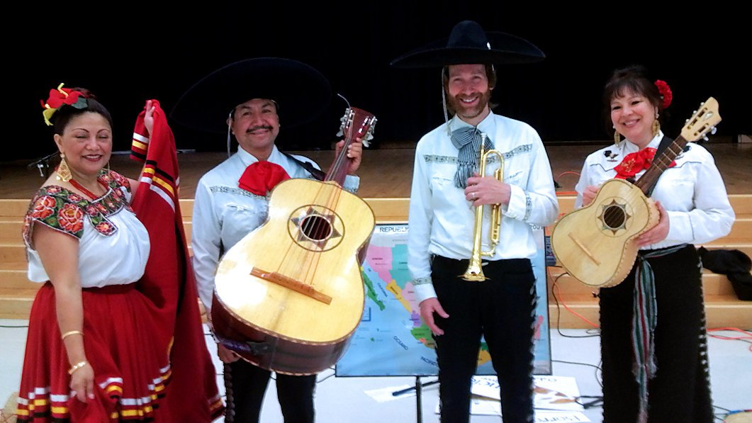 Educational presentations by Fiesta del Norte have been tailored to fit any age group ranging from K through 12. Programs include short musical examples from our repertoire, an introduction to the various instruments we play (guitar, vihuela, guitarron, violin, trumpet and with beautiful singing throughout).